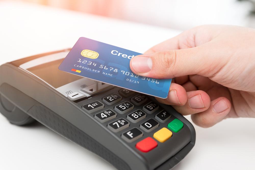 Read more about the article Charge, Revolving, Debit, Prepaid: Welche Kreditkarte passt zu mir?